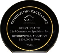 NARI presents J&J Construction with a Remodeling Excellence Award